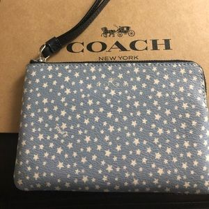 Authentic Coach Star Zip Corner Wristlet NWT